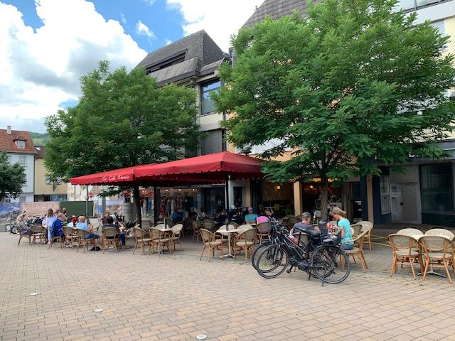 Eisdiele Eberbach neben SKD Immobilien